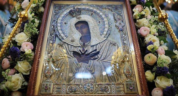 Объезд Москвы с иконой Божией Матери «Умиление»