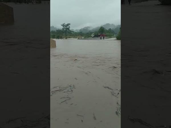 Lluvias provocan inundaciones entrada a Lancetillo La Parroquia Quiché no hay paso en el lugar
