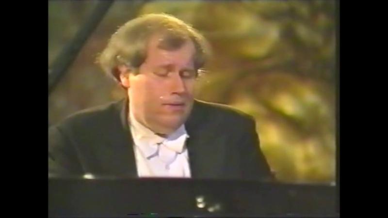 Grigory Sokolov plays Rachmaninoff Prelude Op.23 No.2,4,5 - Video 1992