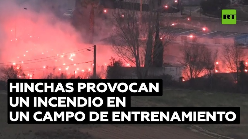 Hinchas provocan un incendio en un campo de entrenamiento