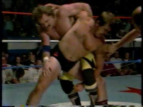 Biff Wellington vs Keith Hart