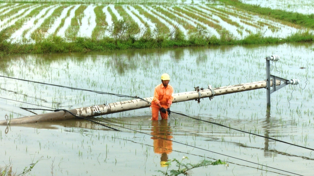 "Последствия тропического шторма ""Матмо"" во Вьетнаме"