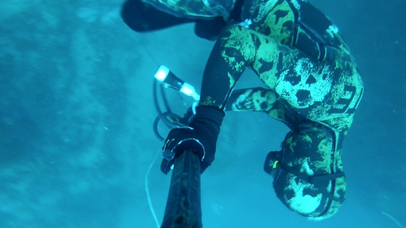 PESCA SUBMARINA INCIDENTE A 40 MTS SPEARFISHING